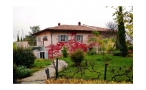 D319.15, Renovated country house in the heart of Langhe